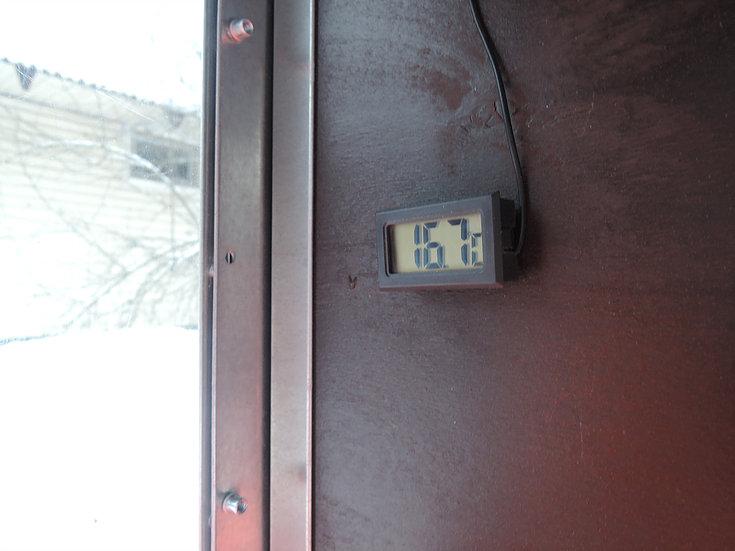Клетки Профи 6 - Утеплённый домик-курятник с выгулом «Зимняя мечта» на 8-12 кур.